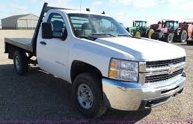 2007 chevrolet silverado 3500hd flatbed pickup truck item