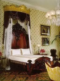 Victorian Furniture Bedroom by 87 Best Antique Bedrooms Images On Pinterest Antique Bedrooms 3