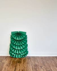 make it diy life sized folded paper christmas tree curbly
