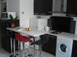 cuisine dans petit espace armonisa réalisations un coin cuisine dans un petit espace