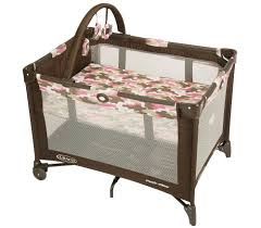 Pink And Brown Graco Pack N Play With Changing Table 68 94 69 99 Baby Graco Pack N Play Playard Camo When