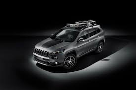 jeep cherokee trailhawk white euro spec jeep cherokee to debut in geneva with two new diesel