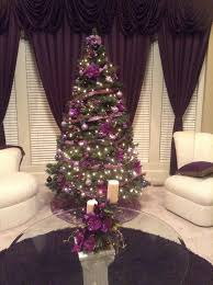 Christmas Tree Decorating Ideas With Bows by Best 25 Purple Christmas Tree Ideas On Pinterest Purple