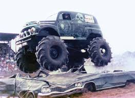 original grave digger monster truck image gallery of original grave digger monster truck