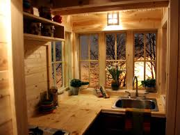 tiny homes inspirer your inner traveler hgtv decorating head space