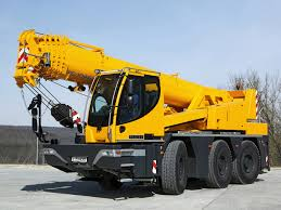 liebherr ltm 11200 9 1 this colossal mobile crane has the