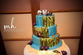otter cake topper gateaux s cake log otters holding