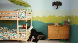 comment peindre chambre comment cr er une chambre jungle pour votre enfant peintures avec