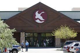 gander mountain black friday 2017 gander mountain six minnesota stores to close six to stay open