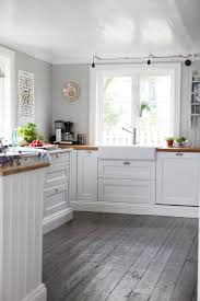 kitchen flooring maple laminate wood look white grey floor high