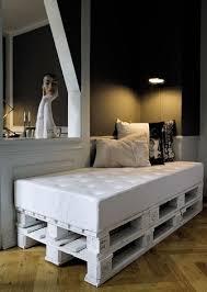 canapé en palette de bois meuble en palette 15 idées créatives bricobistro