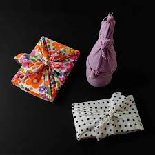 Origami Gift Wrapping How To Make Reusable Fabric Gift Wrap Smaggle