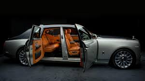 roll royce car 1950 2018 rolls royce phantom u0027opulent u0027 doesn u0027t do it justice