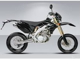 types of motocross bikes history and main manufacturers of motocross bikes dirt motorbikes