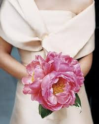simple wedding bouquets simple wedding bouquet modern wedding bouquet 1757268 weddbook