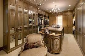 Luxury Closet Doors 20 Extravagant Walk In Closets That Will Amaze You Luxury