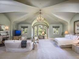 Vaulted Ceiling Bedroom Design Ideas Bedroom With High Ceiling Rdcny