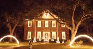 christmas light show house music one house gives epic christmas light show movies christmas
