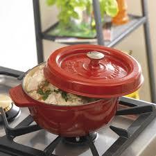cuisine en cocotte en fonte cocotte en fonte ronde godin 19cm introp
