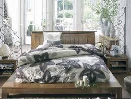 catalogue chambre a coucher en bois best chambre bois et chiffons contemporary design trends 2017