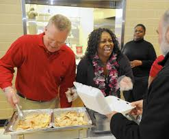 two bel air churches team up for thanksgiving dinner baltimore sun