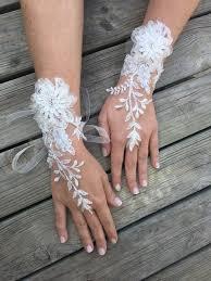 gant mariage les 25 meilleures idées de la catégorie mitaine mariage sur
