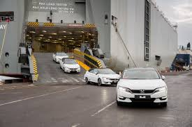 honda clarity electric now arriving in two states ca and or