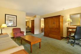 red lion hotel coos bay or booking com