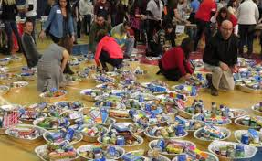 make and deliver thanksgiving meal baskets to families in need