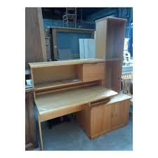 bureau avec rangements bureau avec rangement vitrine de la communauté üs de ghlin