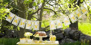 Easter Dinner Decor Ideas by 30 Easter Party Ideas Decorations Food And Games For Easter