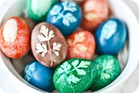 easter egg decorating tips how to decorate easter eggs using herbs and all vegetable