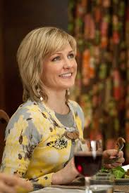 linda reagan hairstyle blue bloods still of amy carlson in blue bloods i love linda s character