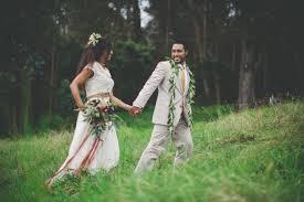 Hawaiian Wedding Dresses Hawaiian Wedding With A Stunning Traditional Ceremony