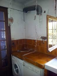 comment enlever une hotte de cuisine premiers travaux dans la cuisine démontage d une hotte et d un