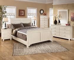 Bed And Bedroom Furniture Bedroom Bedroom Distressed Wood Platform Bed Log Furniture