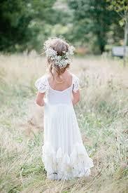 flowergirl hair rustic wedding ideas flower girl hairstyle with baby s breath