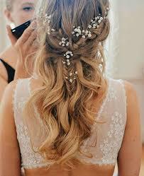 casual long hair wedding hairstyles loving the hair style that oozes a simple yet elegant look