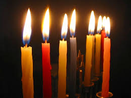 chanukah candles havdallah vs chanukah morelight lev avos