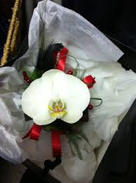 Wedding Flowers Dublin Wrist Corsages Wedding Flowers Dublin Fleurtatious Florist
