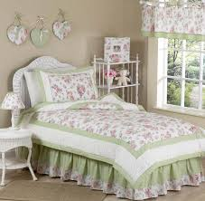Shabby Chic Floral Bedding by White Shabby Chic Bedding Shabby Cottage Chic Duvet Pucker Up