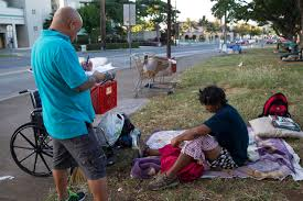 400 sign up to help in homeless count