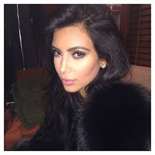 khloé kardashian debuts short lob kim kardashian reveals short haircut