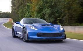 corvette zr1 burnout corvette chief engineer explains motor trend z06 dnf