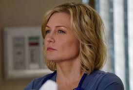 back view of amy carlson hair amy carlson exits blue bloods cast reacts to linda death
