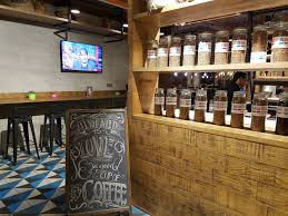 the cool interior designs of eggspectation and meesh café u2013 www