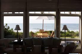 one mile to wainscott beach hamptons real estate showcase 1 loversiq