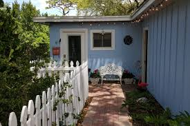 pelican cottage in the heart of tarpon springs guesthouse for