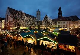 2 story christmas lights 10 tips for a perfect visit to the christmas market sbb blog