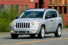 jeep compass 2009 review 2009 jeep compass overview cars com